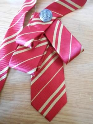 como-hacer-un-lazo-con-una-corbata4