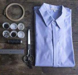 como-renovar-una-camisa-unicolor2