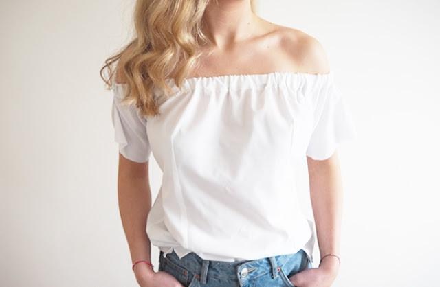 como-trasformar-una-camisa-en-una-blusa-hombros-caidos-paso-a-paso8
