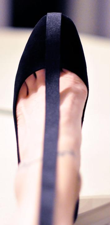 como-renovar-zapatos-con-cinta-de-raso4