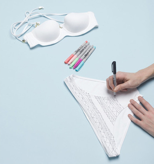 Como renovar bikinis con marcadores permanentes4