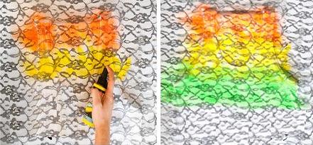 Como crear diseños coloridos a camisetas con encaje4