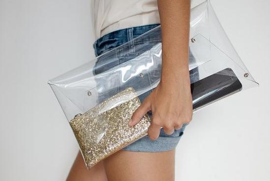 Como hacer un bolso de mano en plastico con moldes ¡Facil, lindo y muy practico! 8
