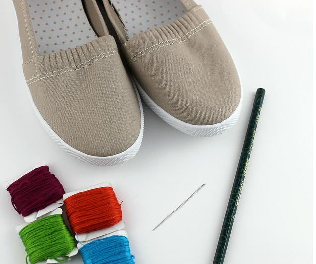 Como renovar zapatillas con bordados sencillos ¡Ideal para principiantes!3