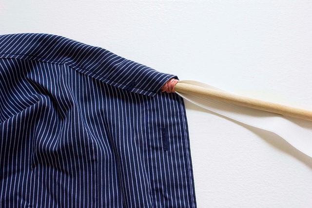 Como transformar una camisa de hombre en una blusa mangas asimétricas8
