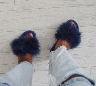 Como personalizar sandalias plásticas para usar en casa5