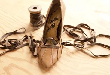 Como renovar calzado estirado por el uso6