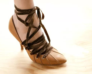Como renovar calzado estirado por el uso7