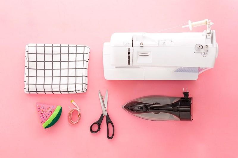 Como hacer blusas ligeras con fundas para almohadas en 3 simples pasos1