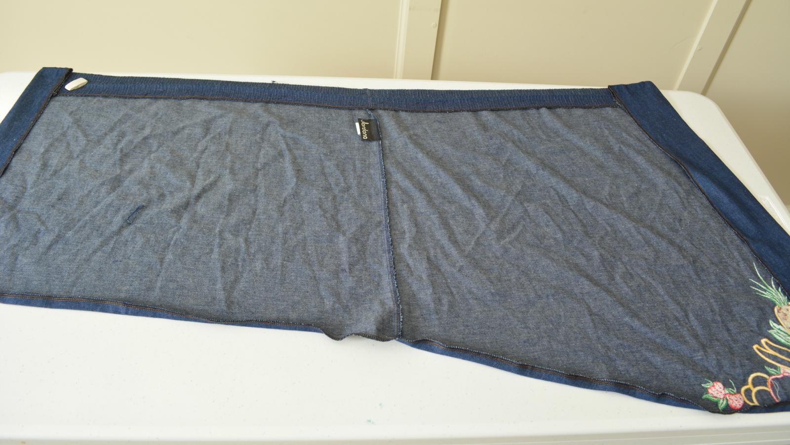 Como hacer faldas asimétricas preciosas con viejas faldas largas 3