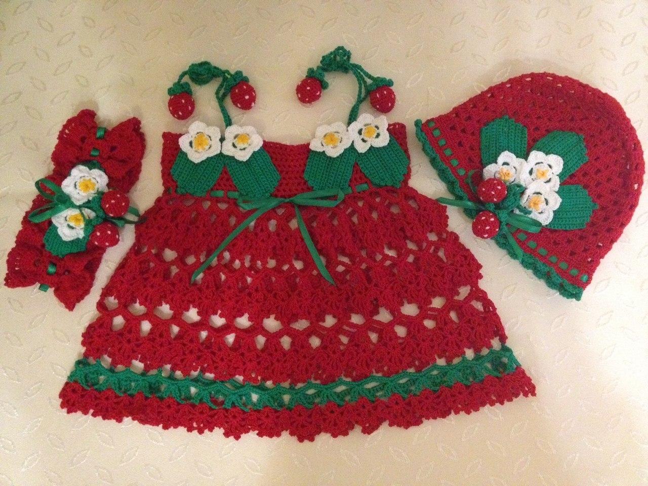 vestido tejido a crochet para niña esquema
