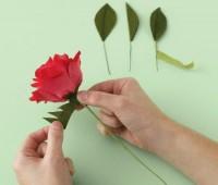 Como hacer rosas de papel paso a paso